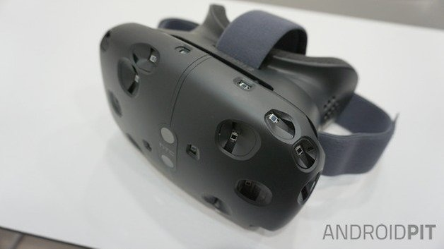 AndroidPIT HTC Vive VR headset side angle