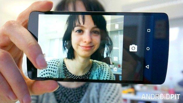 AndroidPIT Nexus 5 camera selfie