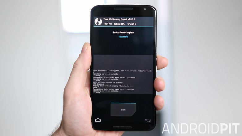 AndroidPIT Nexus 6 TWRP Recovery factory reset complete