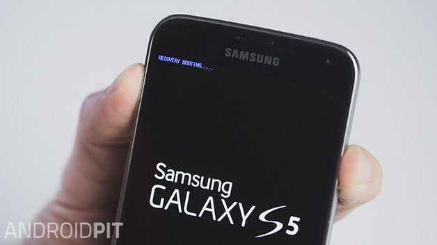 AndroidPIT Samsung Galaxy S5 recovery rebooting