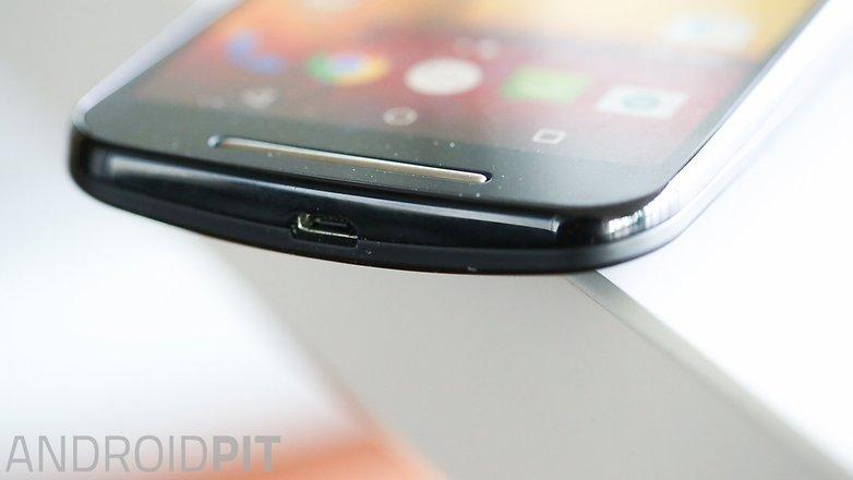AndroidPIT Moto G 2014 Lollipop headphone port