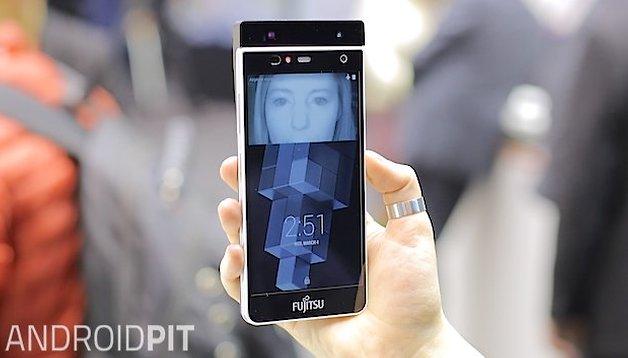 Fujitsu présente un scanner d'iris pour smartphone