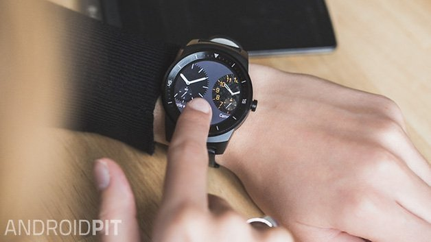 LG G Watch R fr 2