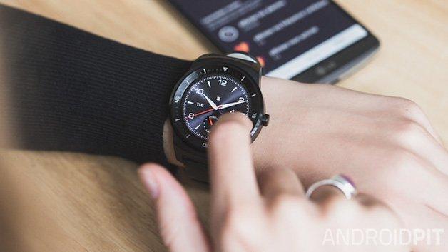 LG G Watch R fr 6