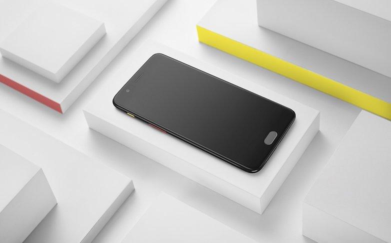 OnePlus 5 Castelbajac front