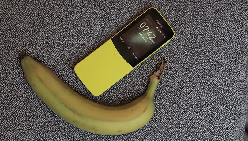 First days with the Nokia 8110 4G: Party like it's 1996