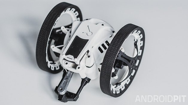 parrot minidrone jumping sumo back