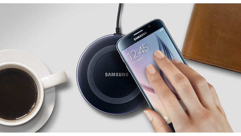 Samsung Galaxy S6 edge Qi Wireless Charging