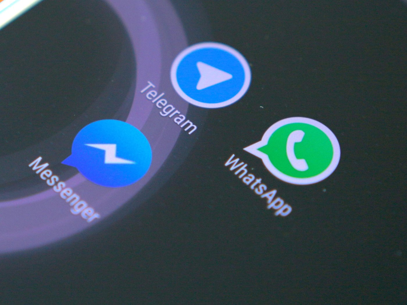 One app to manage WhatsApp and Messenger   NextPit