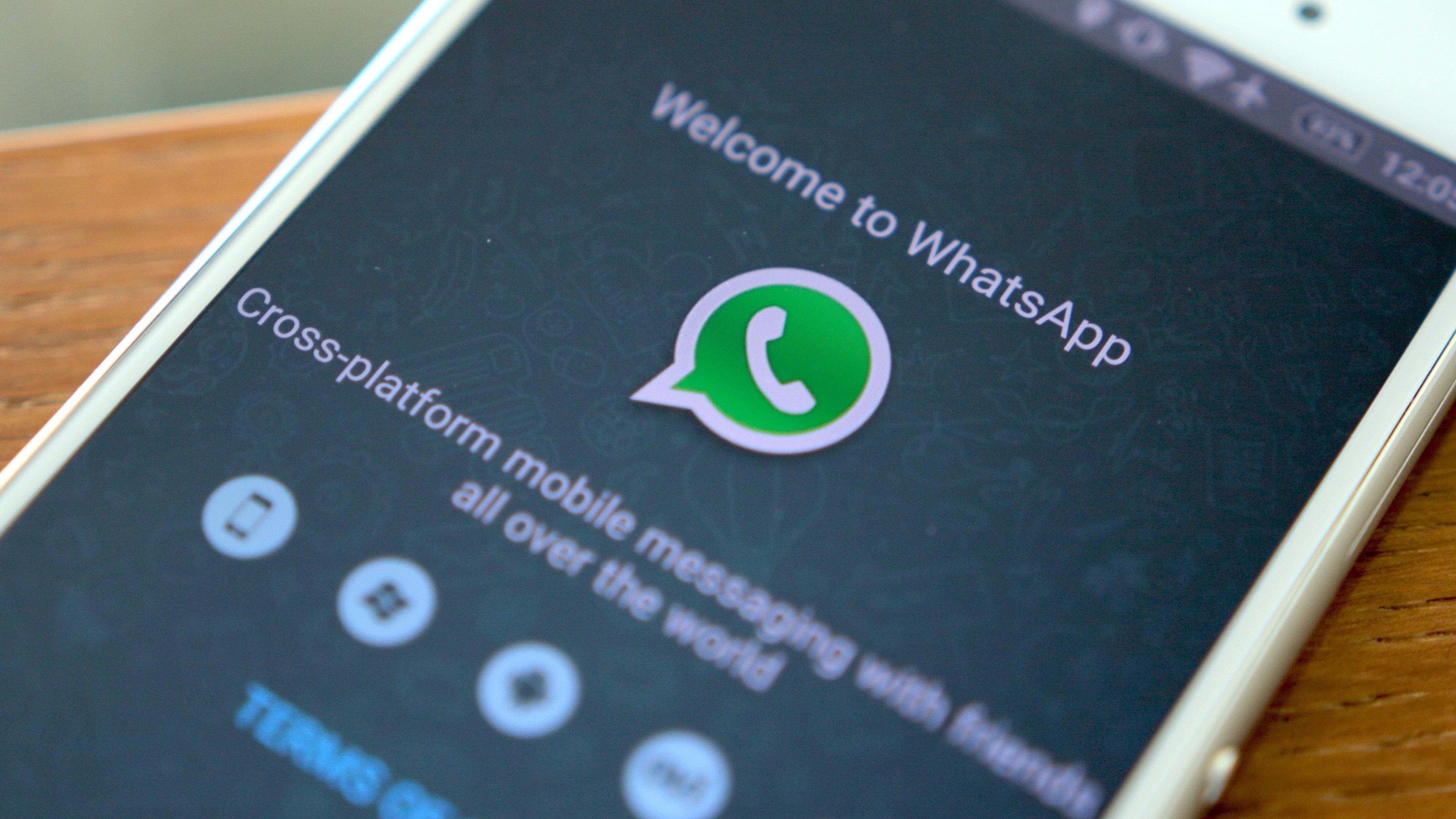 ¿Cómo poner música en los estados de WhatsApp?