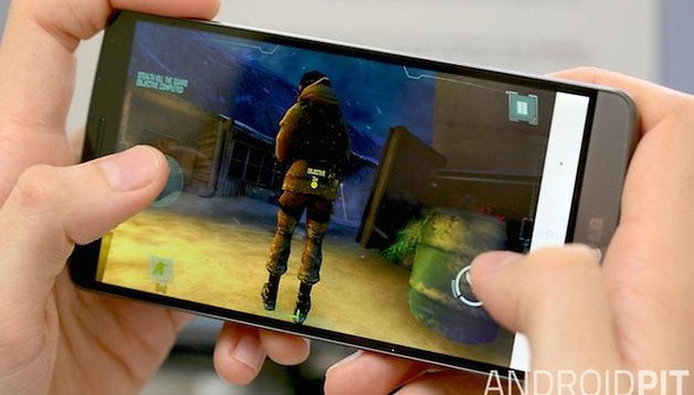 Call of Duty Strike Team vs Grand Theft Auto Vice City: Android action game comparison