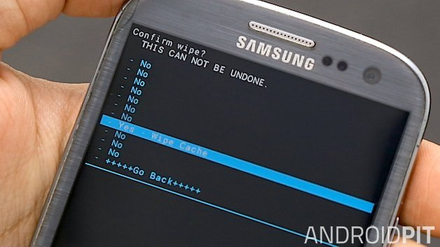 How to clear the cache on the galaxy s3 androidpit androidpit galaxy s3 recovery boot loader cache ccuart Choice Image