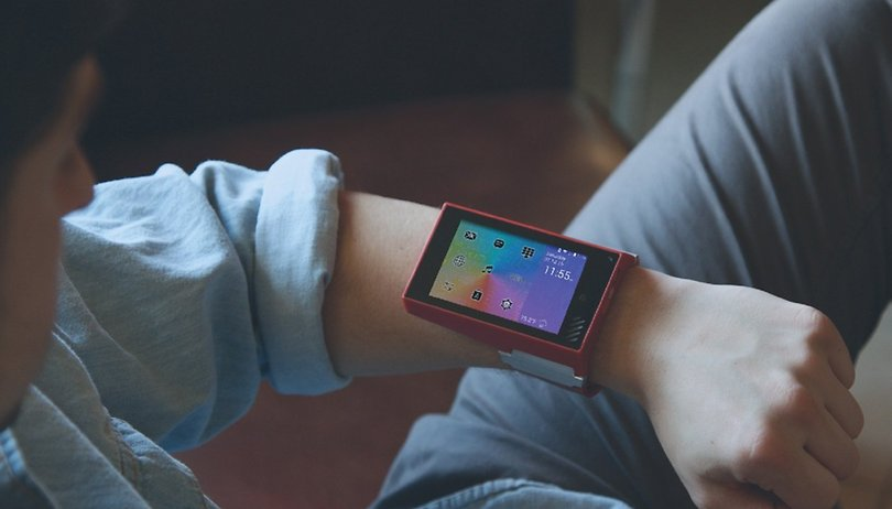 This wearable tablet belongs in a sci-fi movie, and I want it