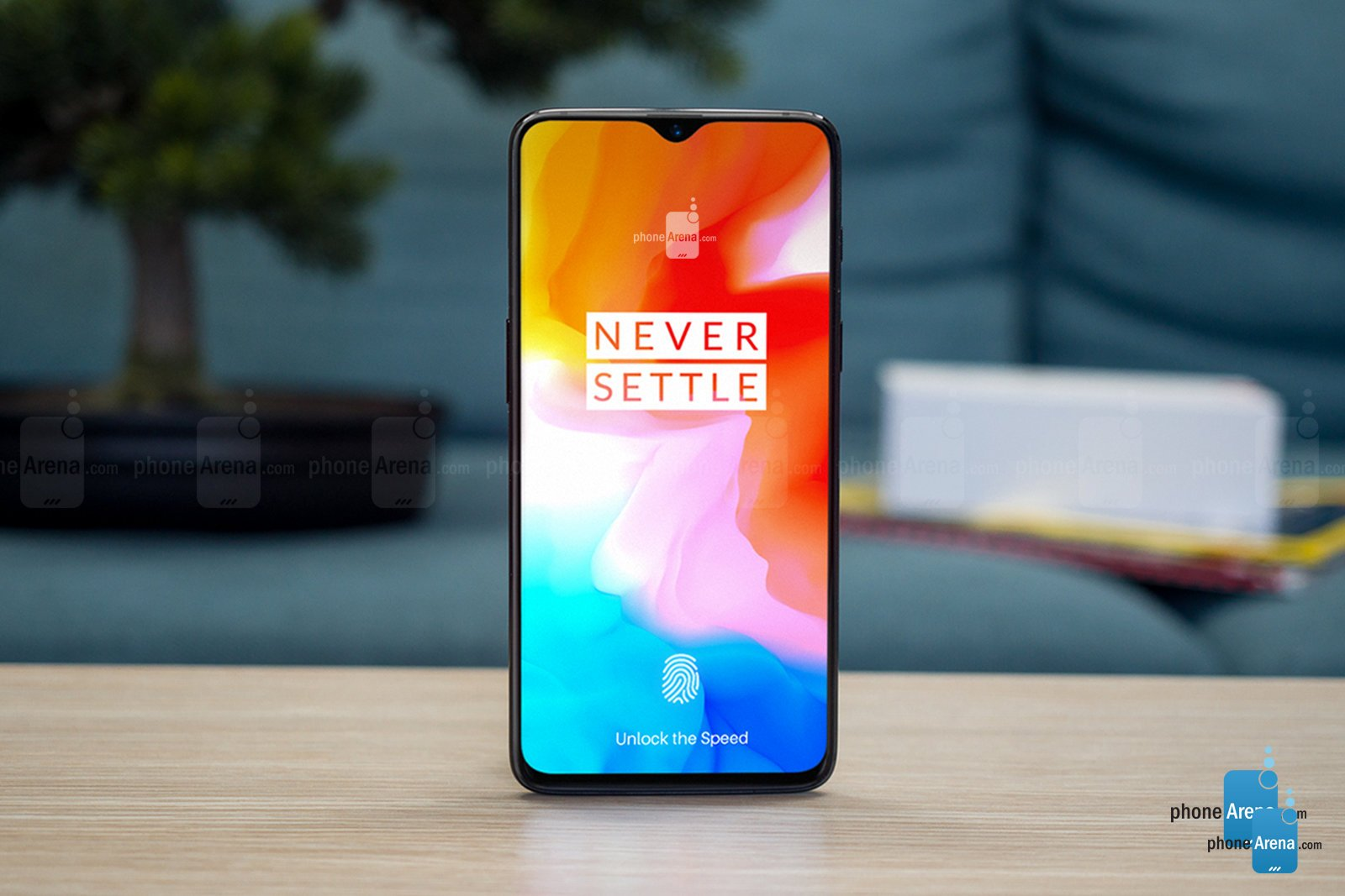 das oneplus 6t wird das interessanteste smartphone im. Black Bedroom Furniture Sets. Home Design Ideas
