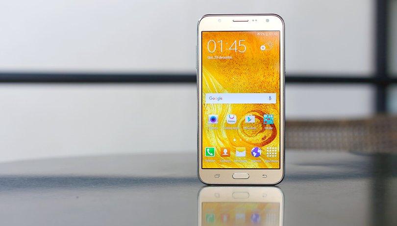 Review do Samsung Galaxy J7 2015: o smartphone tela grande e bom de selfie