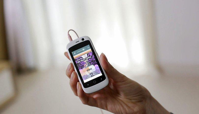 Este é o menor smartphone 4G do mundo