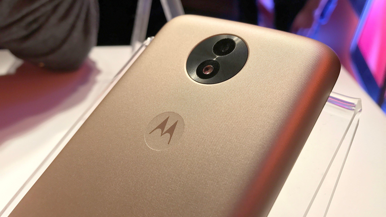 36c761e61 Moto C2 ganha certificação da Anatel  vem aí outro smartphone com Android  Go
