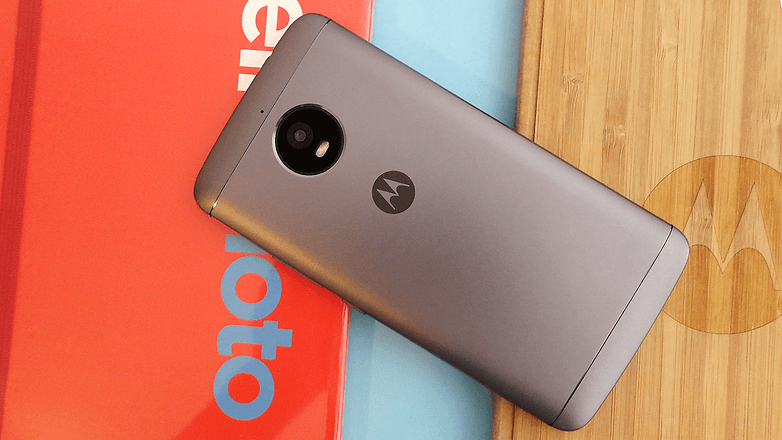 moto e4 plus review basic with a massive battery androidpit. Black Bedroom Furniture Sets. Home Design Ideas