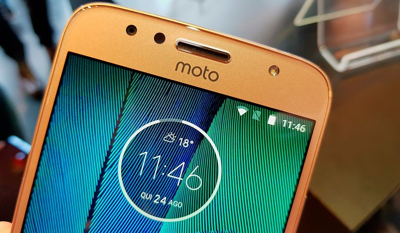 moto g5 s plus front hands on