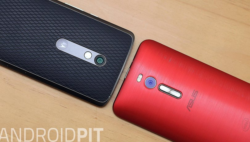 Moto X Play vs. Zenfone 2: tem 5,5 polegadas pra todo mundo!