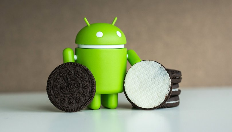 With Android Oreo you can now change themes without root