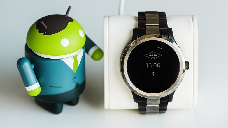 fossil q founder im test gelungener smartwatch einstieg androidpit. Black Bedroom Furniture Sets. Home Design Ideas