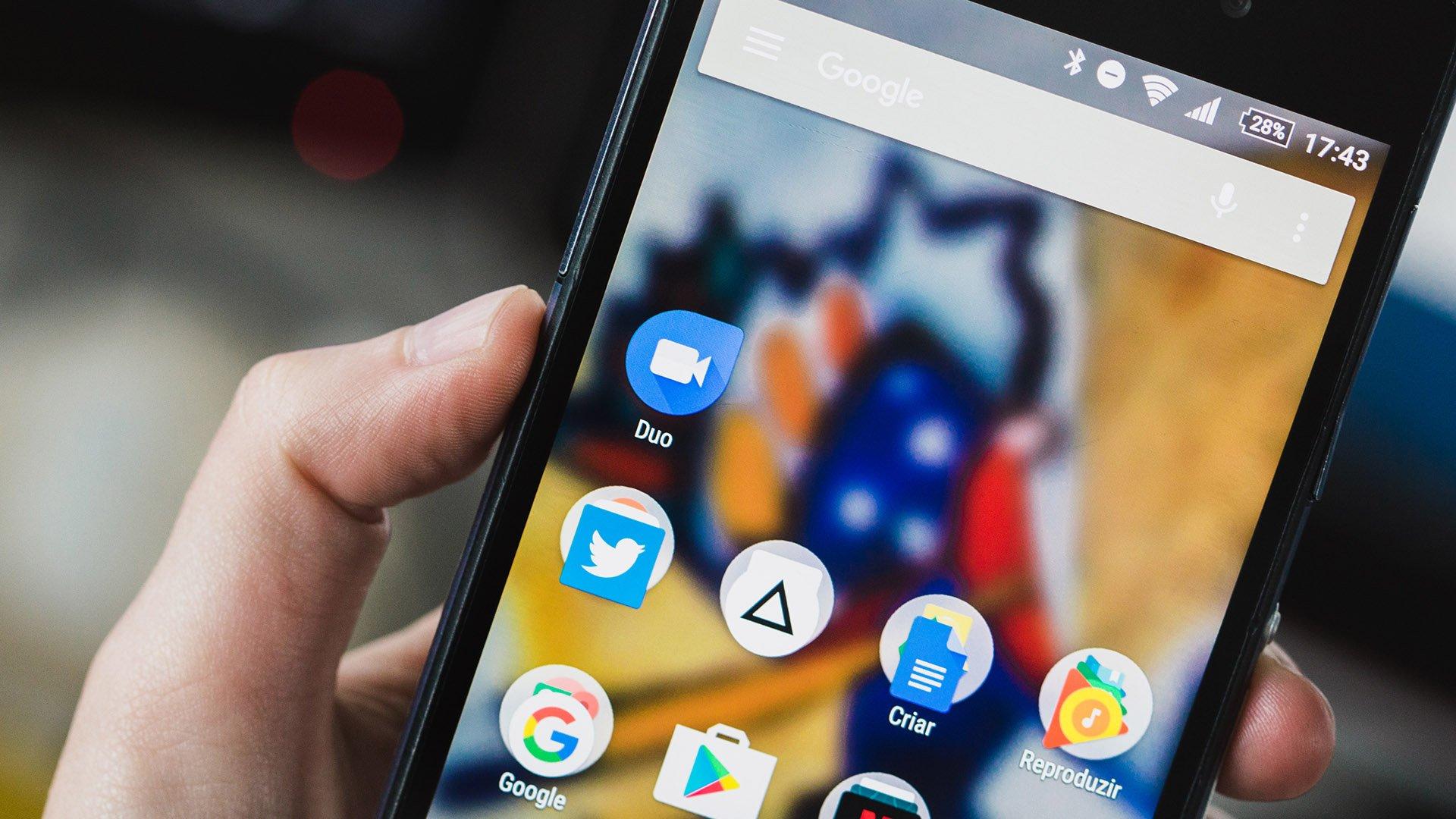 Resultado de imagem para Google começa a integrar aplicativo Duo ao Android