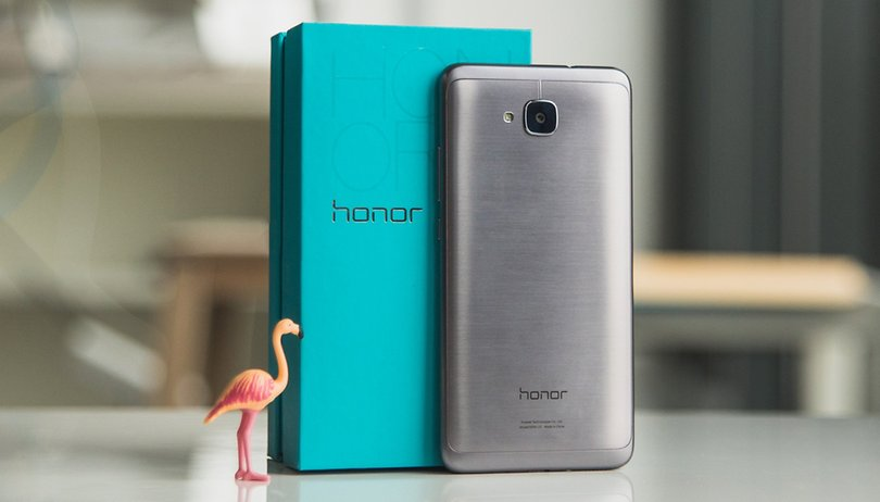 Honor 5C review: all in the family