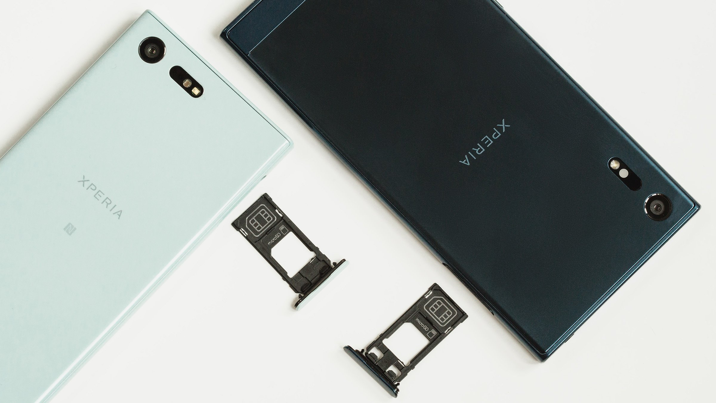 sony xperia z how to take back off