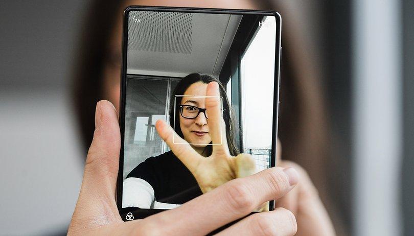 Votate la migliore fotocamera senza sapere a quale smartphone appartiene