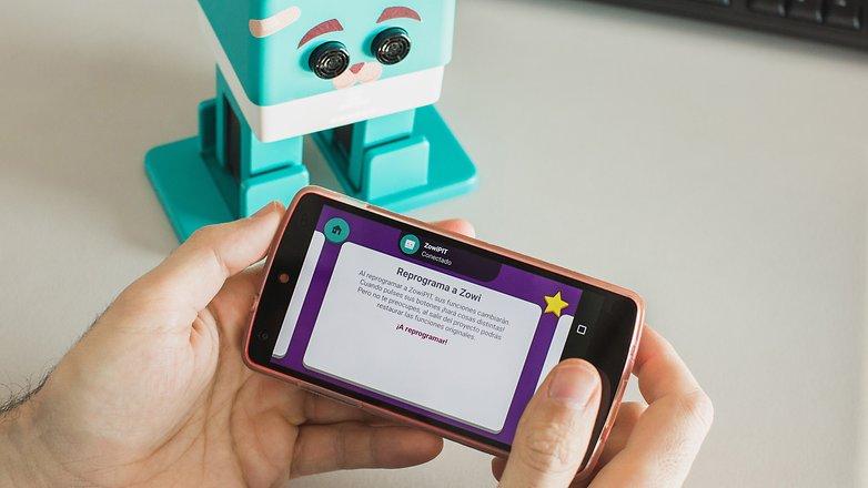 AndroidPIT Zowi advance 2