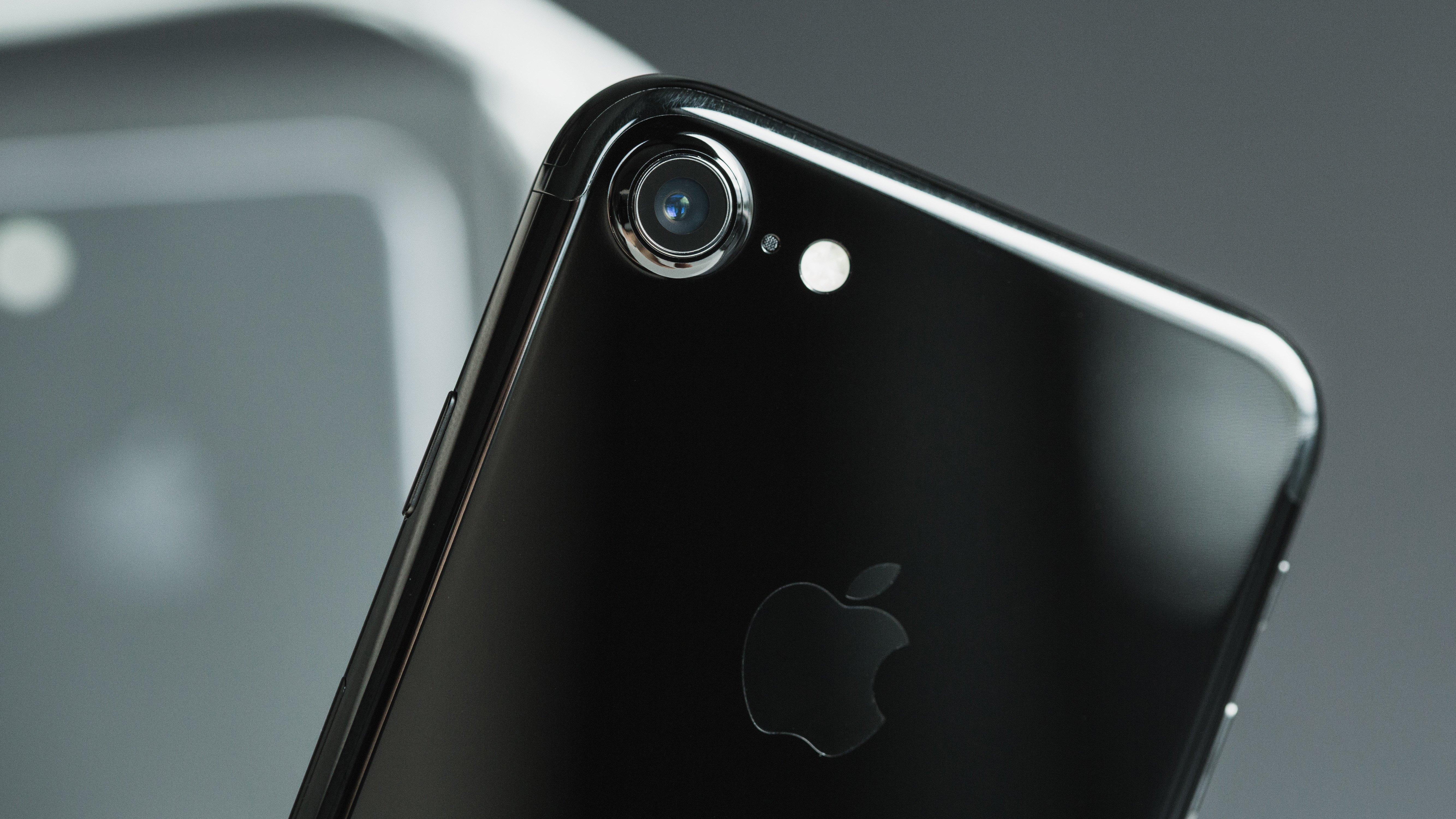 Gibt der hohe SAR-Wert beim iPhone 7 Anlass zur Sorge? | AndroidPIT