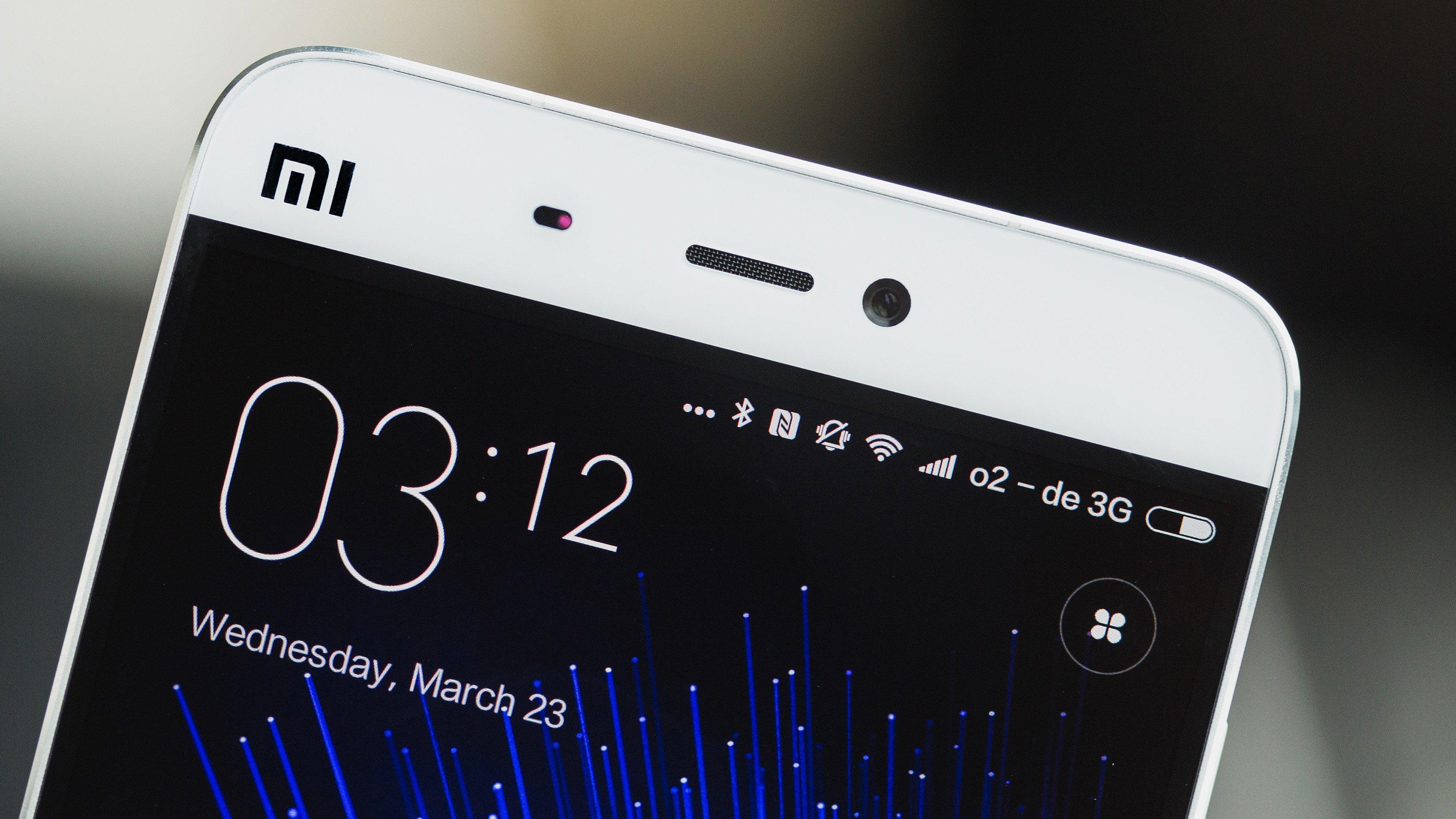 Xiaomi Mi 5 Vs IPhone 6 Comparison