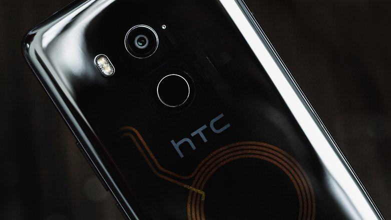 AndroidPIT HTC U11 Plus 1860