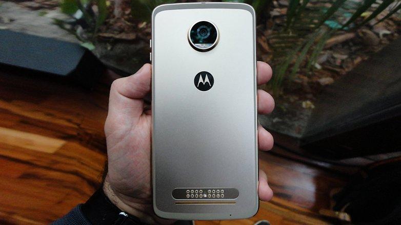 AndroidPIT Moto z 2 123124