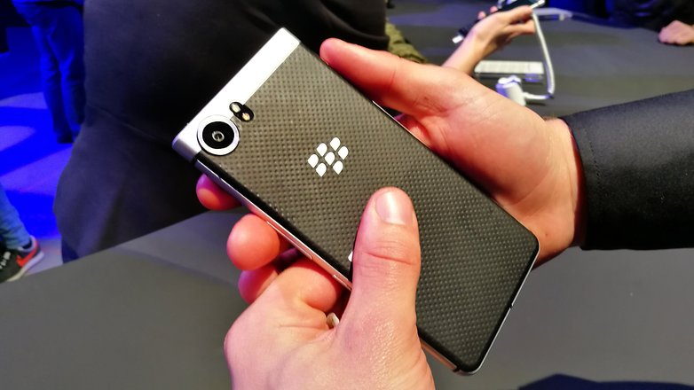 AndroidPIT BlackBerry KEYone back