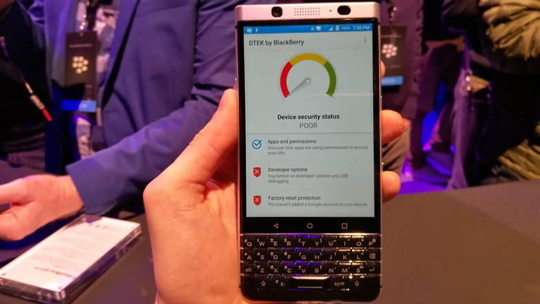 AndroidPIT BlackBerry KEYone security