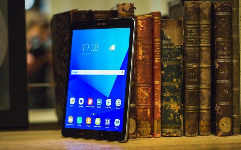 Kết quả hình ảnh cho Samsung Galaxy Tab S3 Hands-on Review