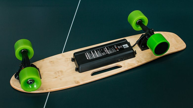 AndroidPIT archos sk8 electric skateboard boosted 9397