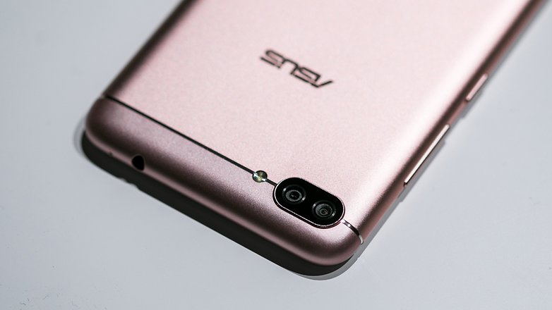 AndroidPIT asus zenfone 4 Max 4538