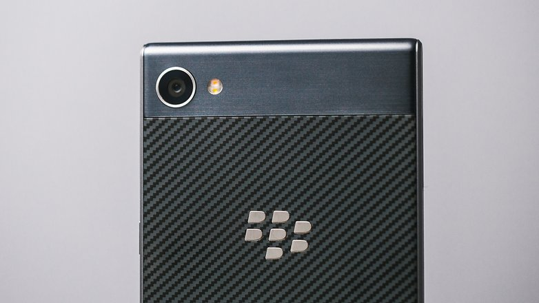 AndroidPIT blackberry motion 6752