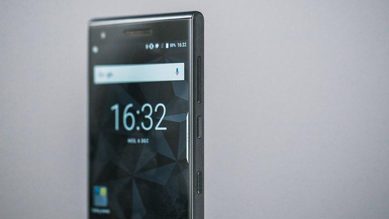 AndroidPIT blackberry motion 6782