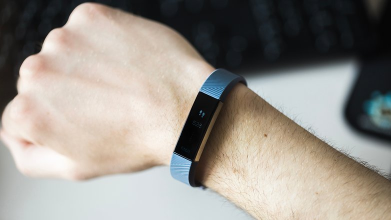 AndroidPIT fitbit alta hr 3823