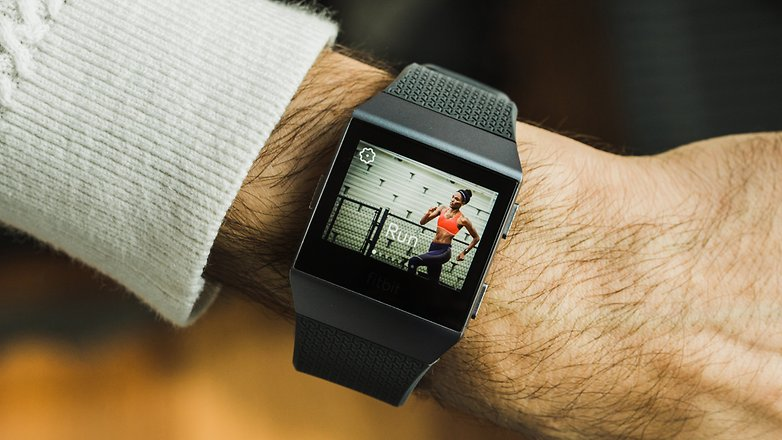 AndroidPIT fitbit ionic 3489