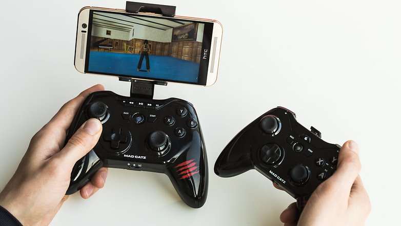 AndroidPIT game controller 5136