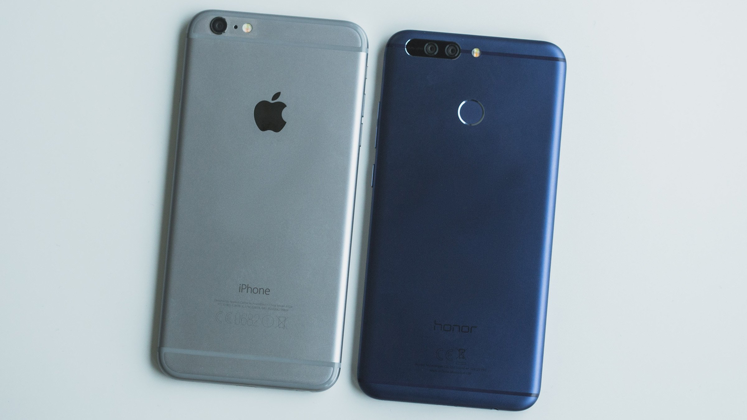 Frontal huawei honor 8 vs iphone 7
