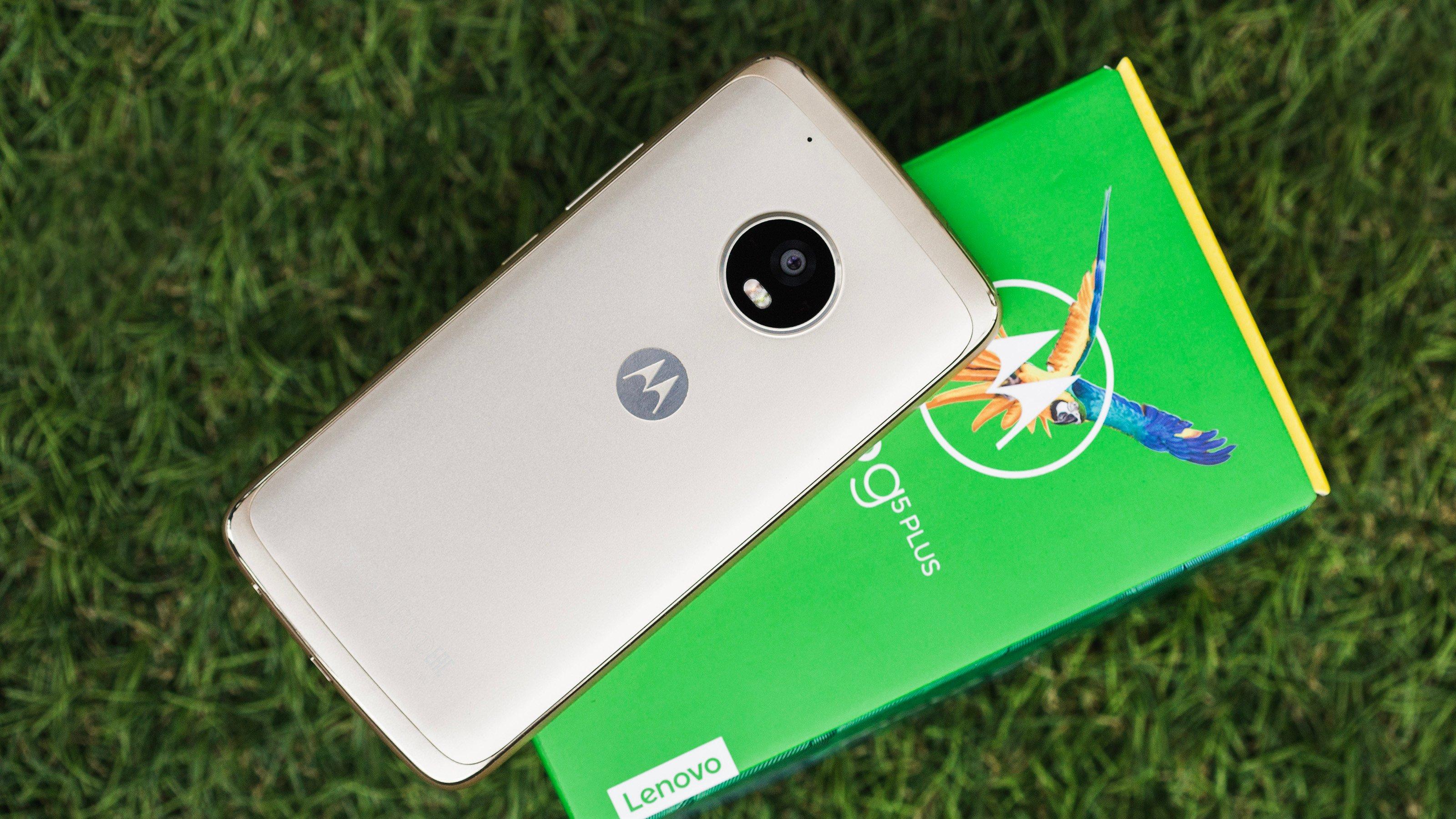 4578889ab5 Motorola reduz preço oficial do Moto G5 Plus em R  200. Agora vale a pena