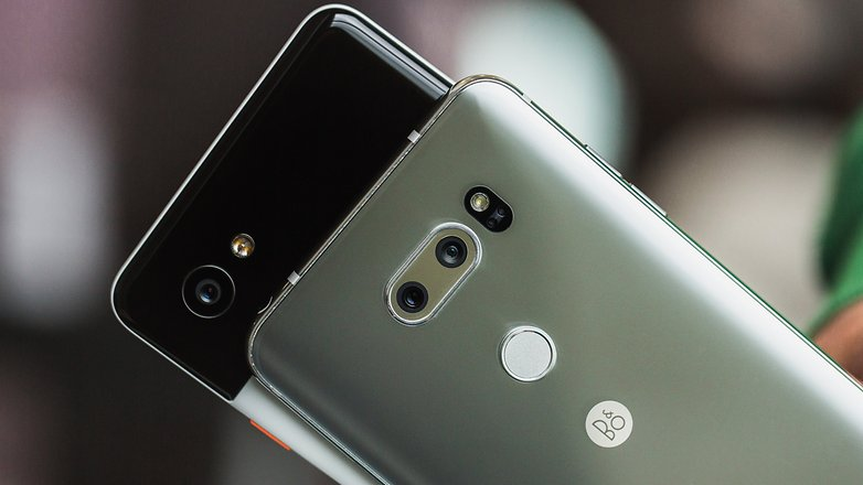 AndroidPIT lg v30 vs google pixel 2 xl 7125