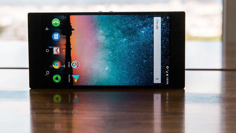AndroidPIT razer phone 0300