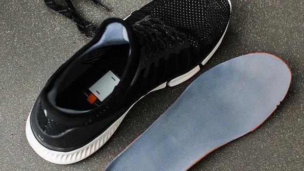 3fbc80803cf389 Xiaomi Mijia Smart Shoes im Test  Smarte Schuhe sind keine schlaue ...